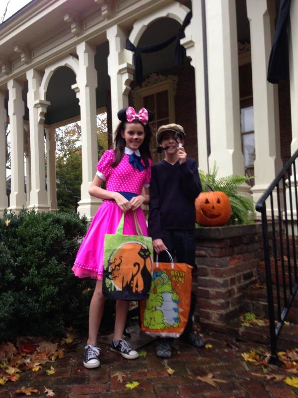 mourning and trick or treating 2013 031