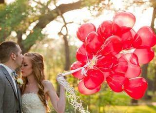 Intimate Valentine's Day Elopements and Vow Renewals