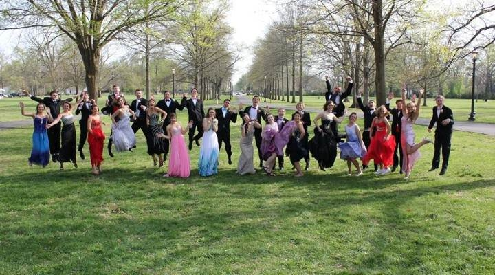 Prom group pic